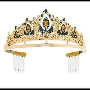 Anna coronation crown